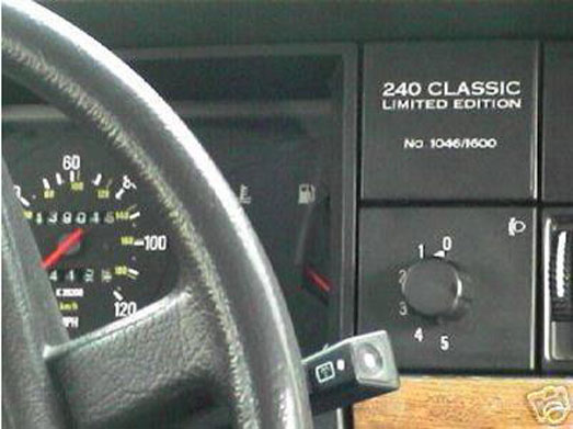 Volvo 240 Classic Limited Edition label.
